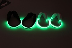 LED klipy na boty bílé se zeleným světlem